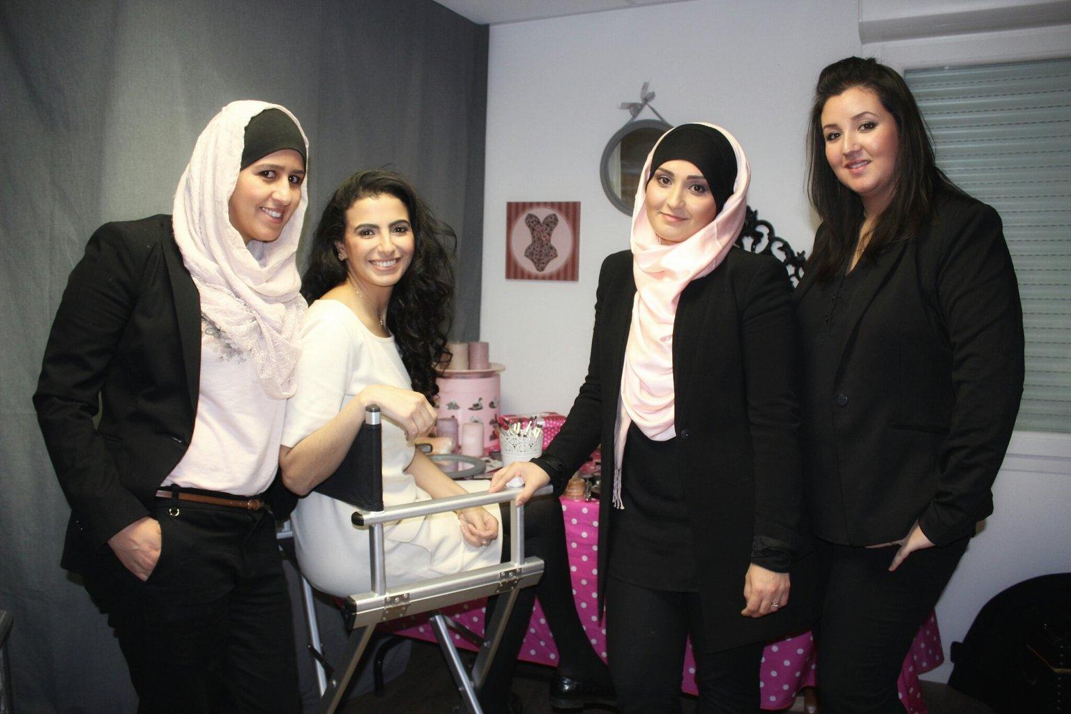 L'équipe de Wedding Prestige au com;plet - des professionnels du maquillage, de la coiffure et du henné