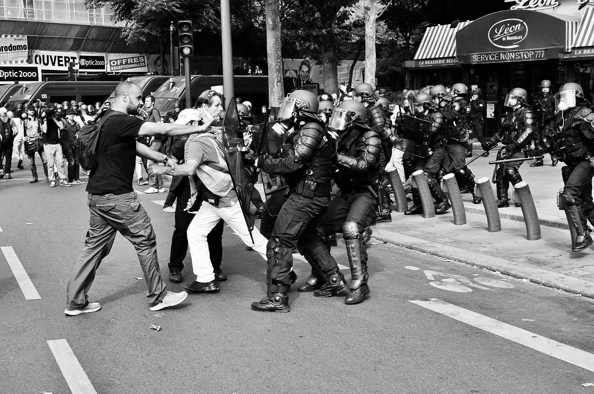 Confrontation - LINSTABLE PHOTOGRAPHE