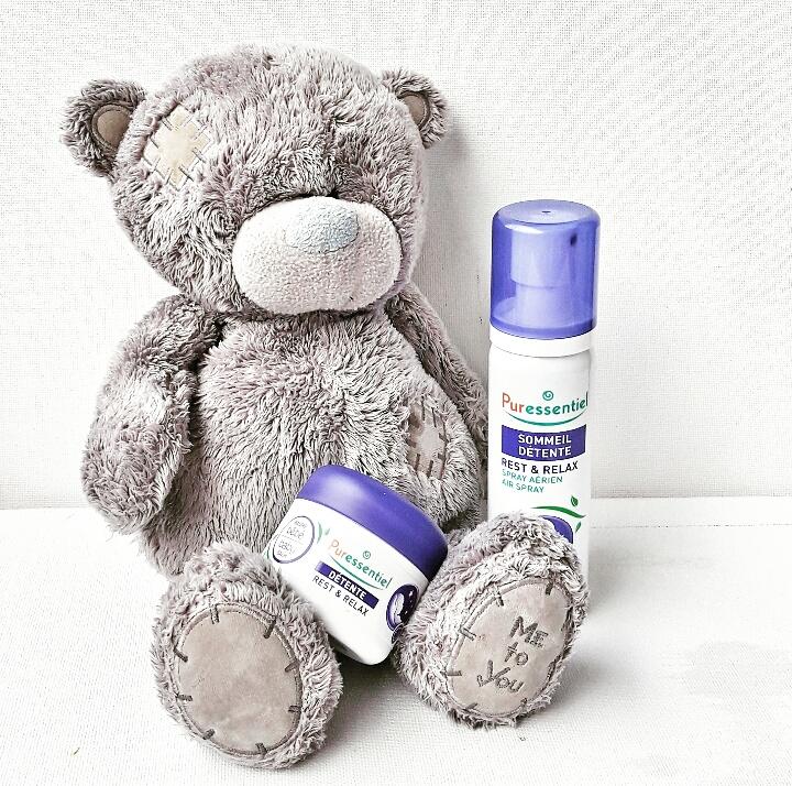 Le Sommeil Détente Spray Aérien aux 12 Huiles Essentielles & Le Baume de Massage Calmant Bébé Détente aux 3 Huiles Essentielles