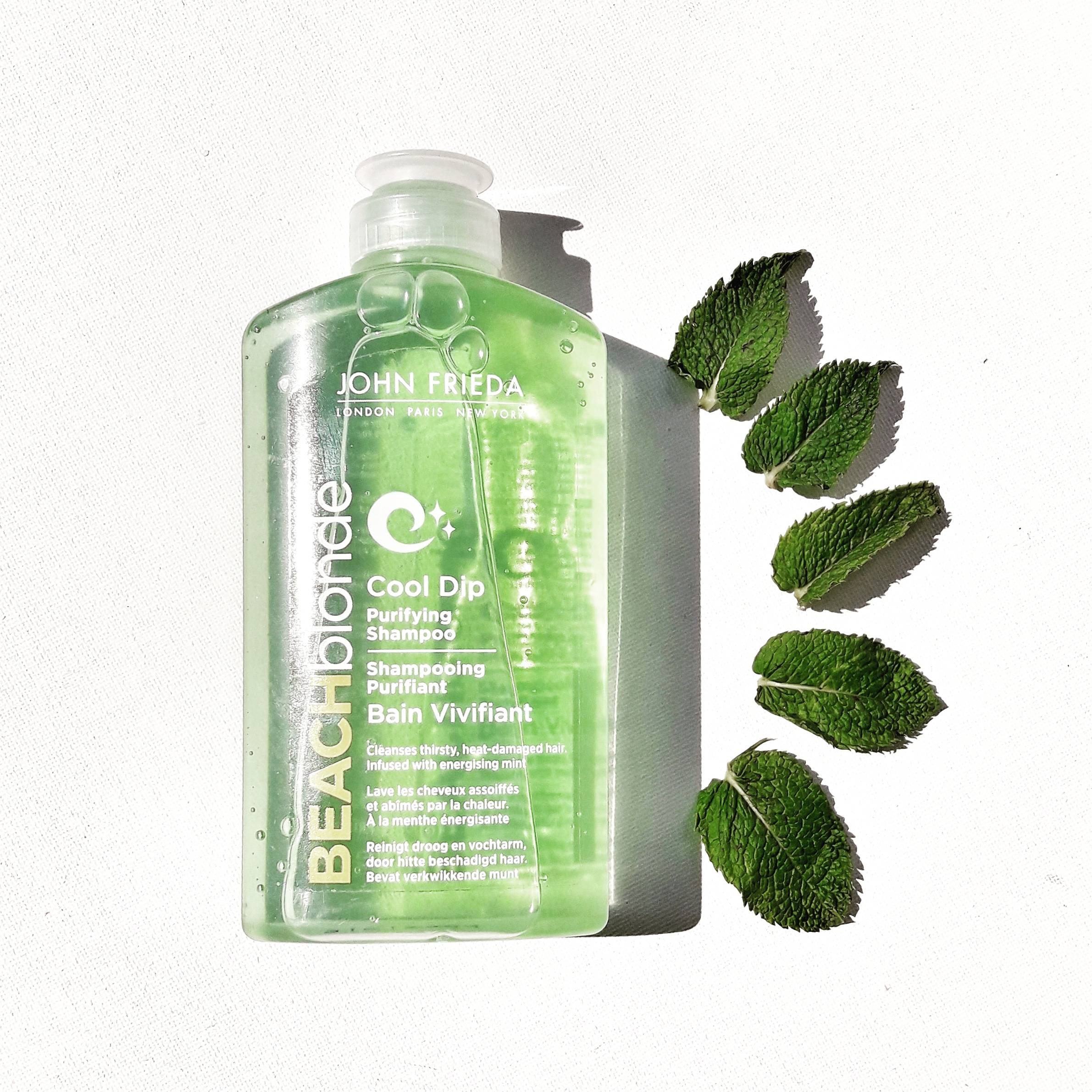 Le Shampoing Purifiant Bain Vivifiant de John Frieda. 6.90€* - 250ml. En vente chez Monoprix