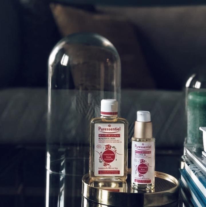 L'huile pour le corps et le sérum visage Immortelle Rose Musquée de la gamme Beauté de la peau